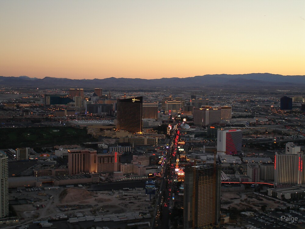 Dusk descends on Las Vegas by Paige