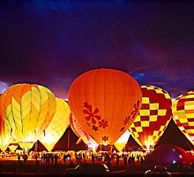Balloon Glow by Elizabeth Heath