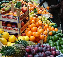 Fruit market by Andreas Braun