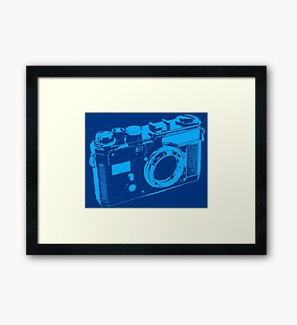 CLASSIC CAMERA Framed Print