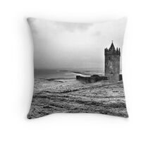 Tower at Doolin, Ireland (b/w) Throw Pillow