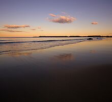 Spoon Rocks Beach by Mark Snelson