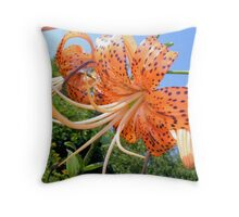 Michigan Lily Throw Pillow
