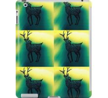 northern lights stag iPad Case/Skin