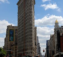Flatiron Building, New York by Paul Quinn