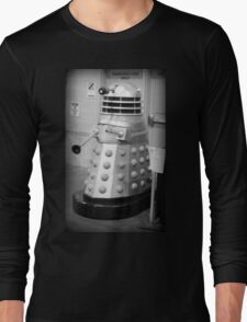 Old Fashioned Dalek Long Sleeve T-Shirt