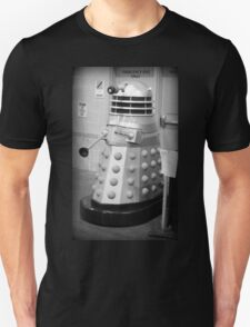 Old Fashioned Dalek Unisex T-Shirt