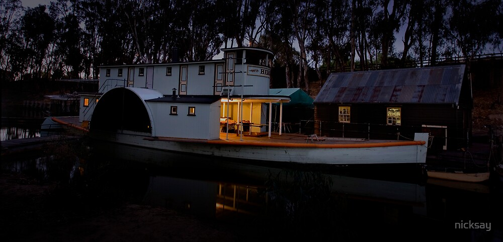 Paddleboat Dawn by nicksay