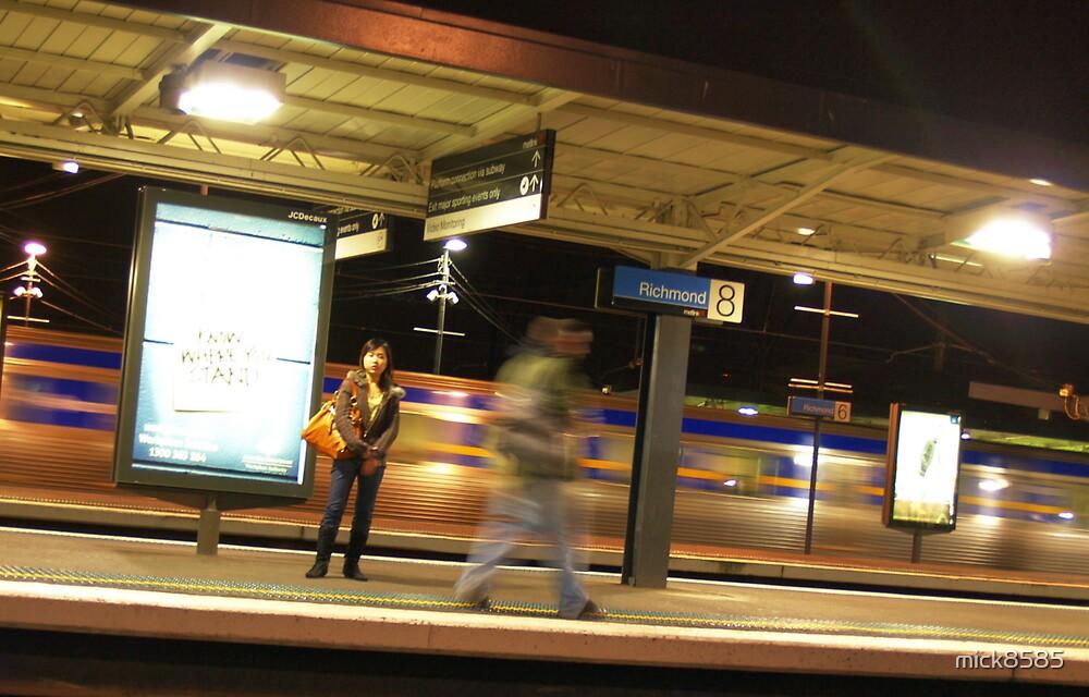 8.10pm Richmond station by mick8585