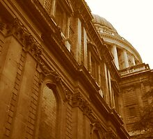 St Pauls Cathedral by Mark Czerwonka