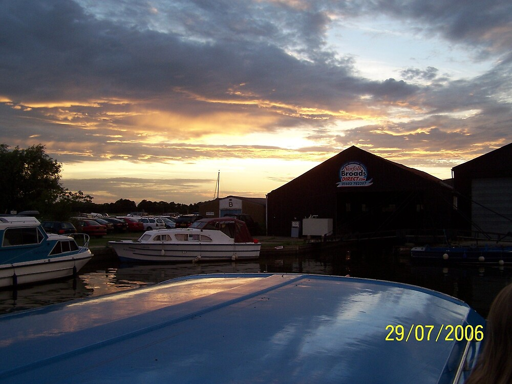broads sunset by hodgie
