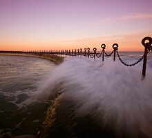 Newcastle Beach Childrens Pool 9 by Mark Snelson