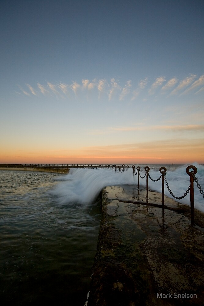 Newcastle Beach Childrens Pool 8 by Mark Snelson