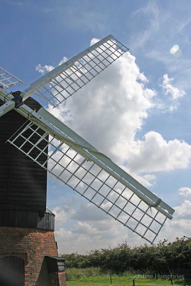 Windmill at Avoncroft Museum by Justine Humphries