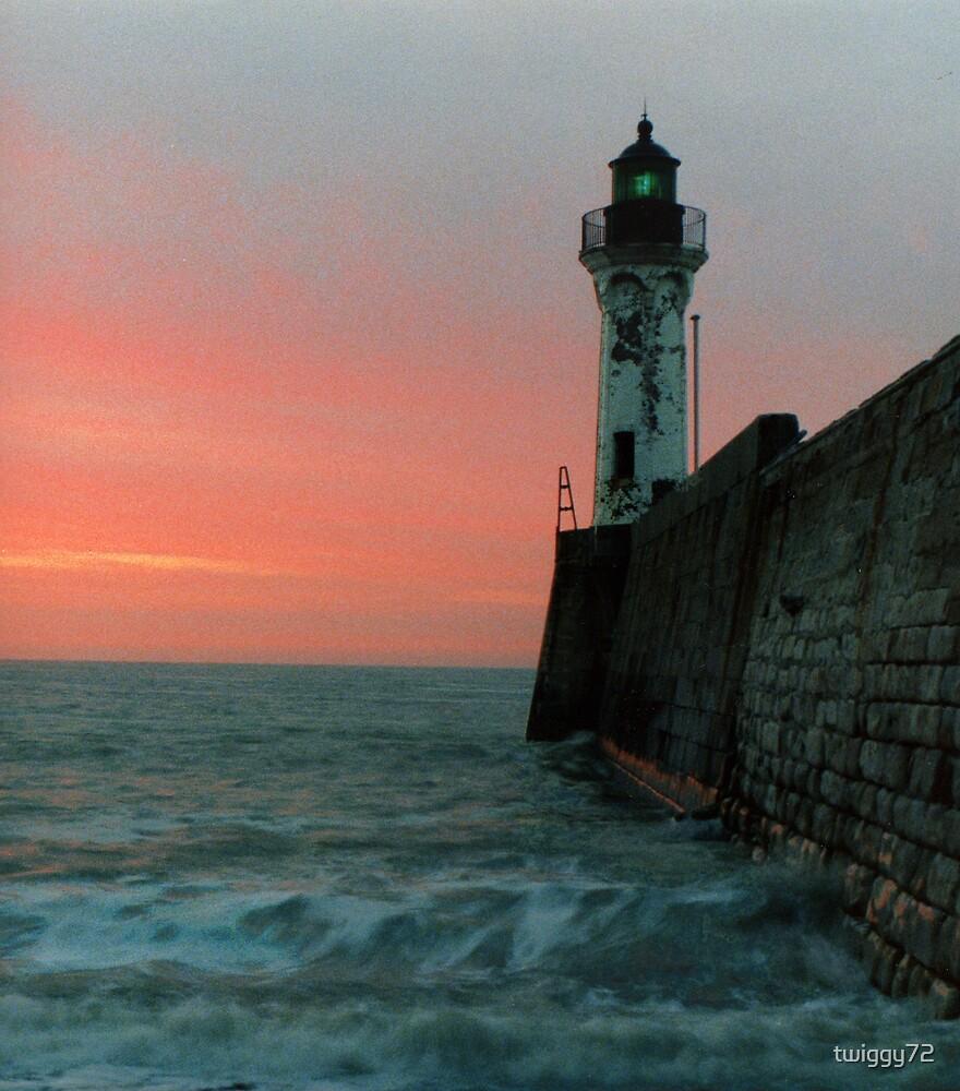 light house by twiggy72