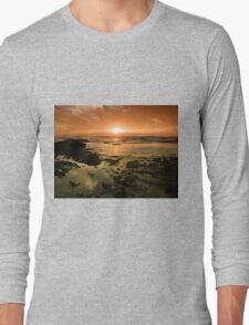 Beautiful seascape in dramatic sunset Long Sleeve T-Shirt