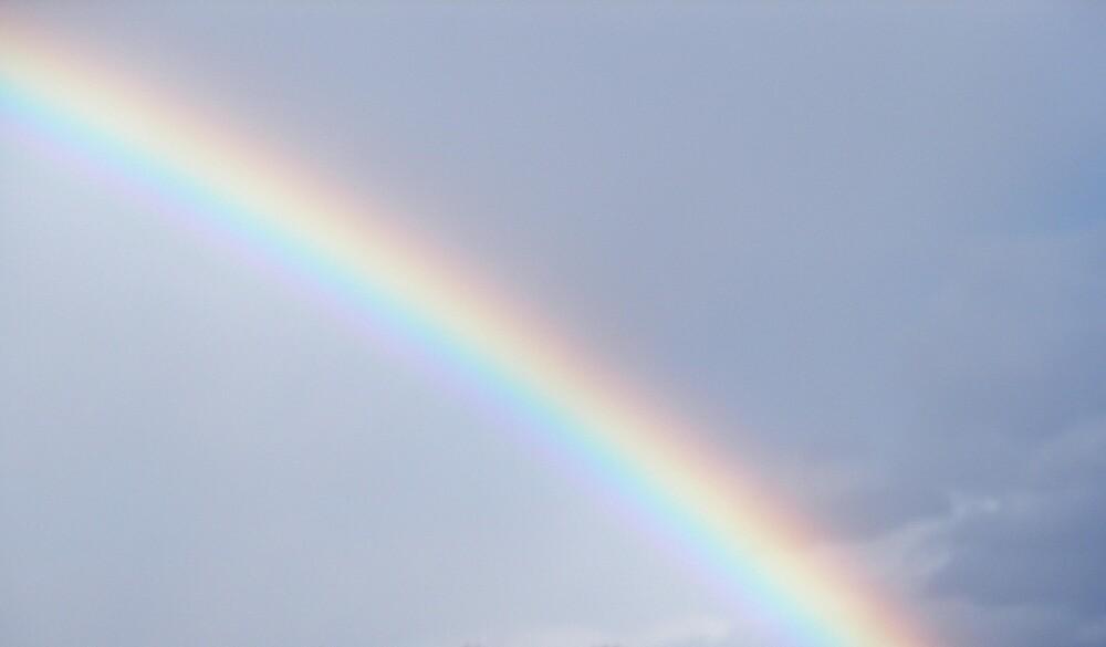Somewhere Over the Rainbow by llurdh