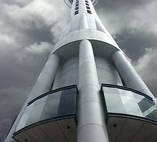 Skytower, Auckland NZ by Tim Derbyshire
