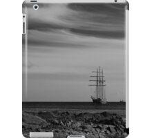 Tall Ship Bangor Mono iPad Case/Skin