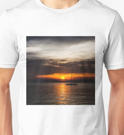 sunset and sail the sea Unisex T-Shirt