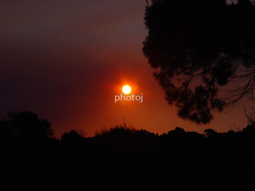 australia-tas sunrise by photoj