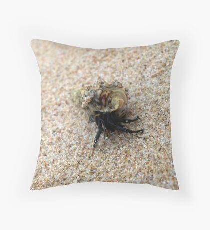 macro crab Throw Pillow
