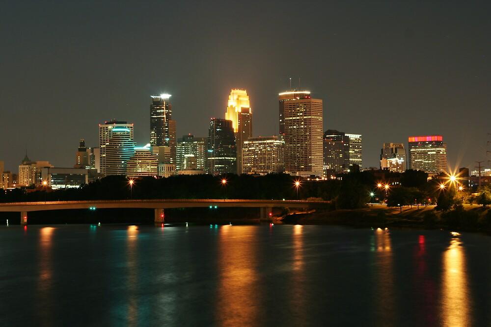Minneapolis Skyline by sara montour