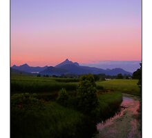 Mt Warning Sunrise by Paul Cotelli
