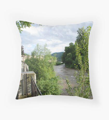 frankfurt hahn Throw Pillow
