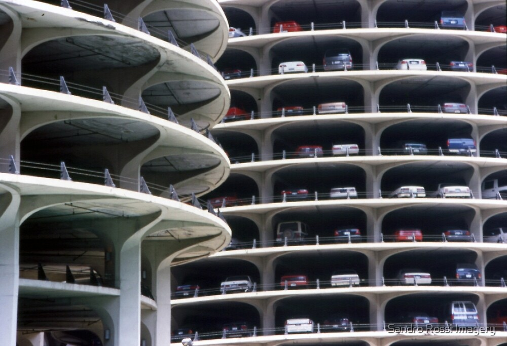 Car parking in Chicago by Sandro Rossi
