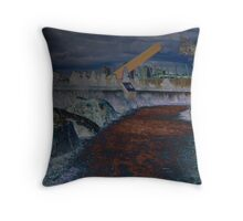 CITY-LINK WALK Throw Pillow