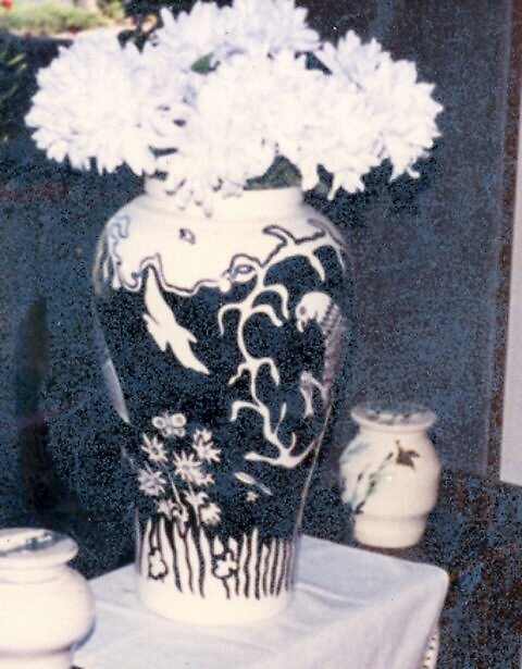 vase with white flowers by madvlad