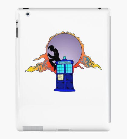 Doctor reading on the Tardis iPad Case/Skin