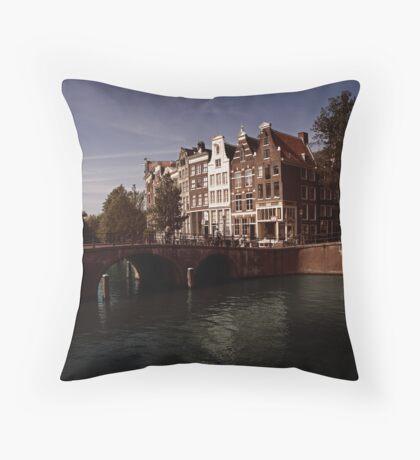 Keizers gracht, Amsterdam Throw Pillow