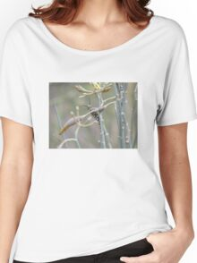 Monarch Butterfly Caterpillar on Milkweed Women's Relaxed Fit T-Shirt