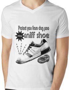sniff shoe Mens V-Neck T-Shirt