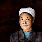 Chinese woman - Leshan by Matthew Bonnington
