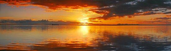 Corio Bay Sunset by Sam Sneddon