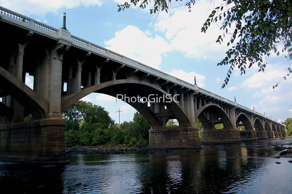 Gervais stree bridge by Bjana Hoey