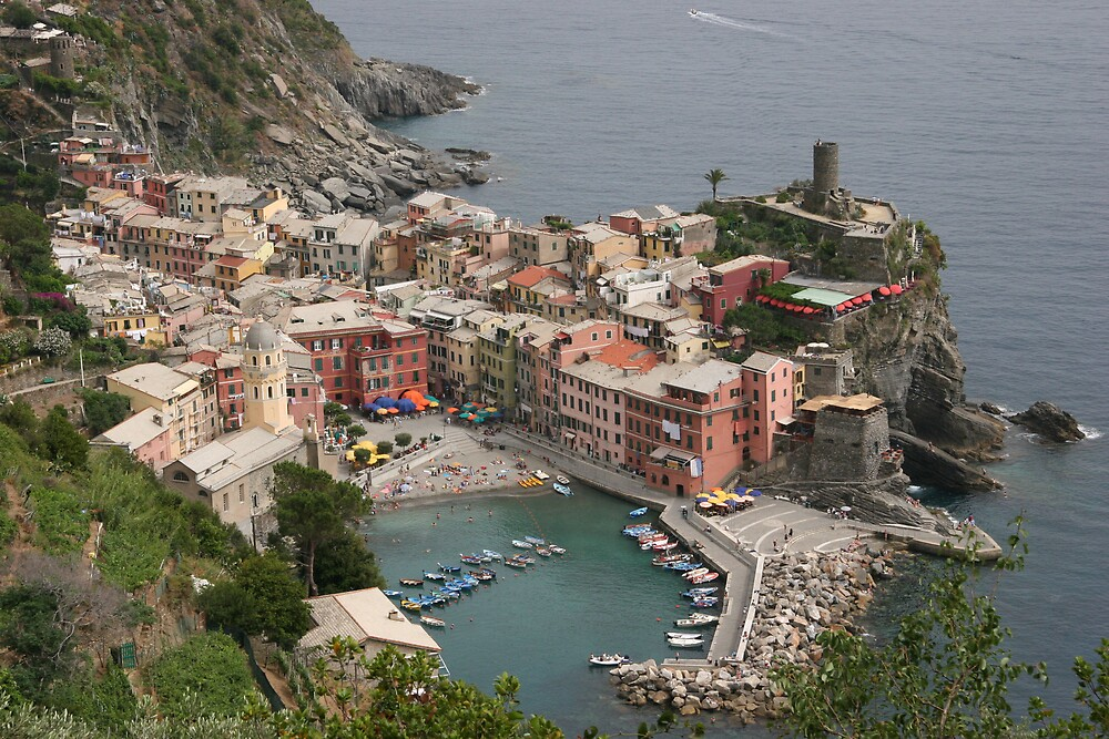 Descending to Vernazza by epeeandfoil