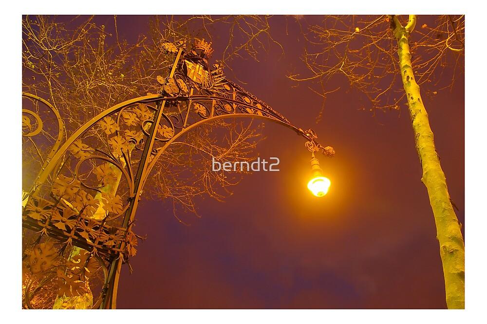 Barcelona Streetlamp by berndt2