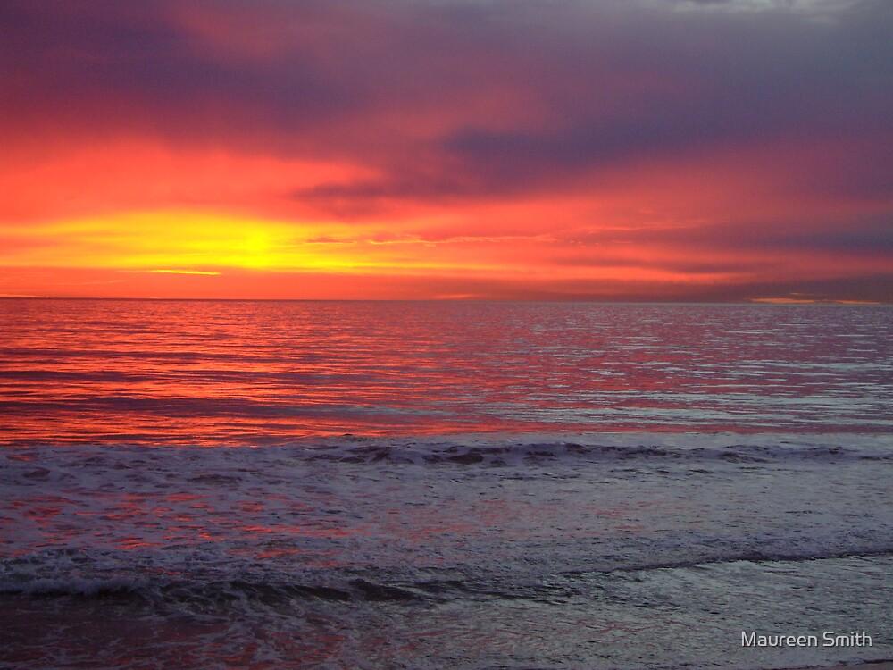 Winter Sunset, Back Beach, Bunbury, Western Australia by Maureen Smith