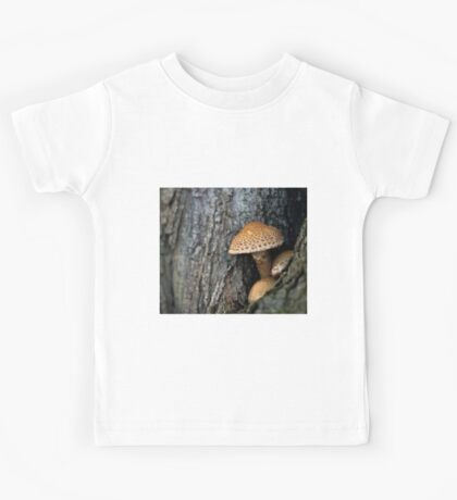 Toadstool in the rainy woods Kids Tee