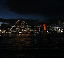 The Sydney Harbour bridge by kmlevis