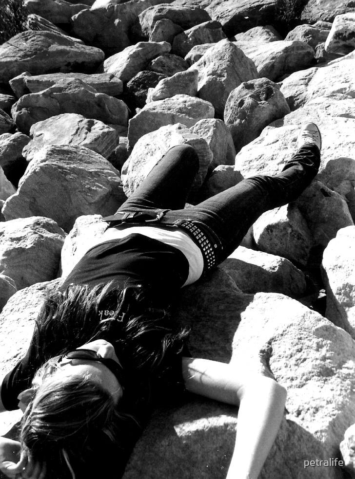 Insomniac by petralife