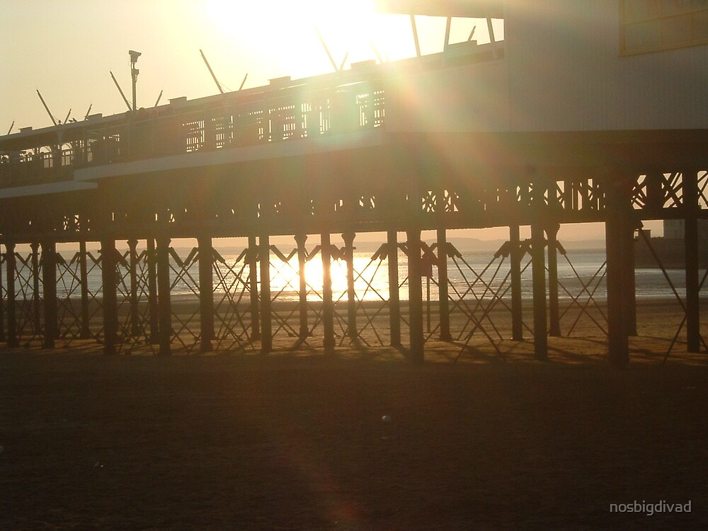 Sun Through The Pier by nosbigdivad