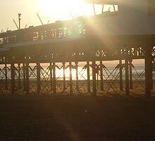 Sun Through The Pier by nosbigdivad