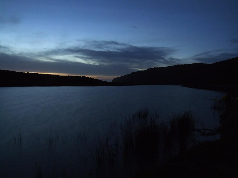 Apollo Bay - Aire River by Gavan  Mitchell