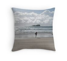 Silver morning Mudjimba Beach Throw Pillow