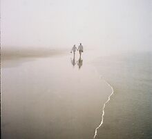 FOG LOVERS by oregonartphotos